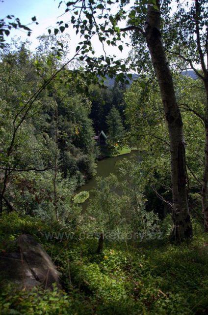 Jizerky - starý lom nad Zaječím dolem