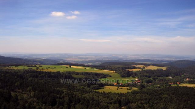 pohled ze Stolových hor do Čech