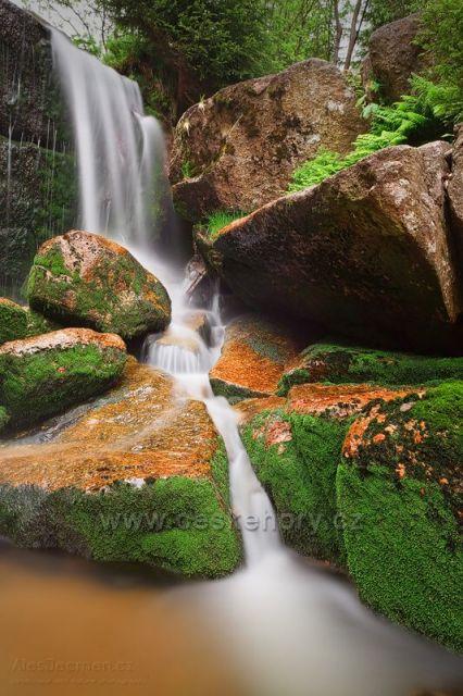 Jedlovský vodopád