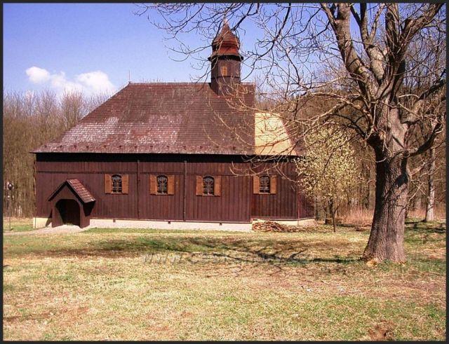 dřevěnný kostelík Český Jiřetín