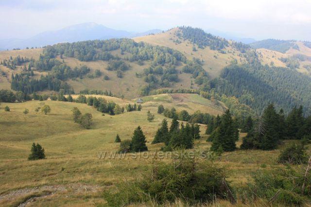 pohled do doliny cestou z Ploské na Borišov
