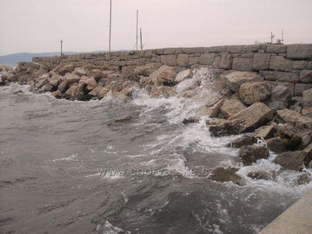 i takové je moře ve Sveti Filip i Jakov