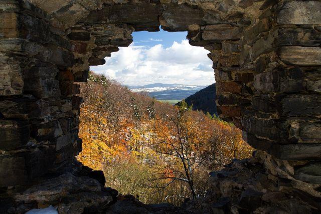 Výhled z hradního okna