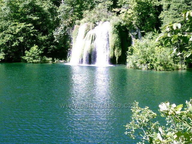 nádherné vodopády na Plitvických jezerech