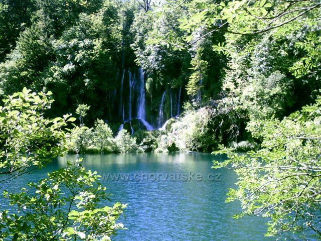 Další z vodopádů