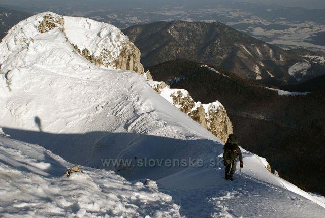 Poslední kroky k vrcholu Velkého Rozsutce.Zimní výšlap 3.3.2012.