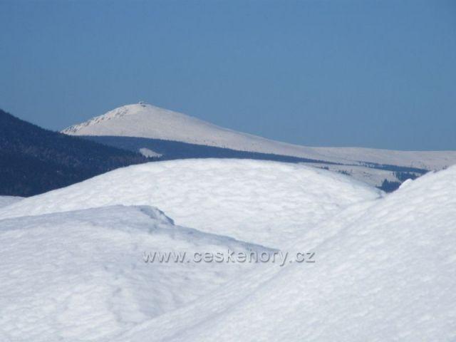 Tři bílé kopce a naše nejvyšší hora Sněžka.
