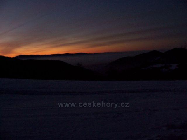 Východ slunce v Karpatech