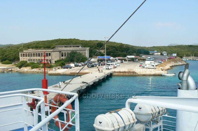 přístav Dominče