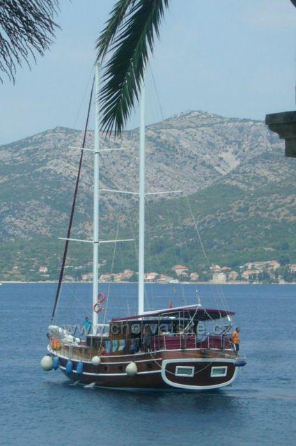 výhled z přístavu Korčula