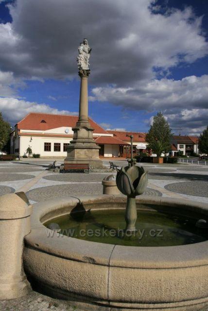 náměstí Buchlovice