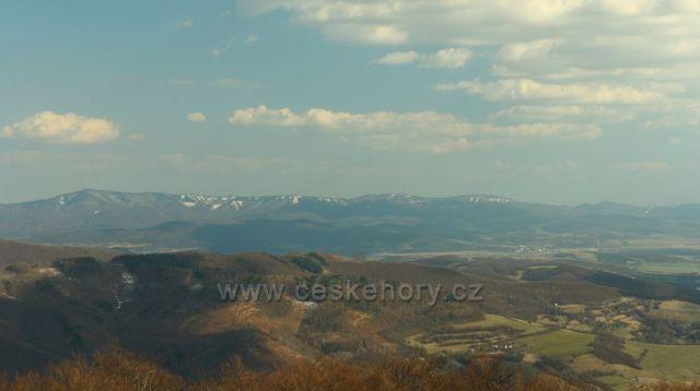 výhled z Velkého Lopeníku