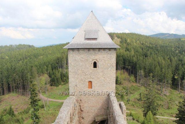 Východní věž hradu Kašperk