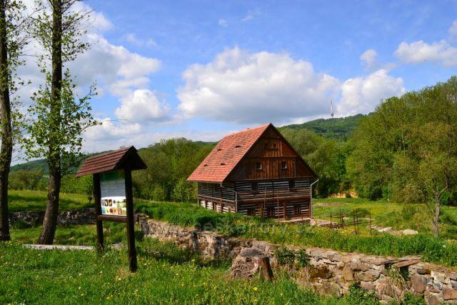 Skansen v Zubrnicích