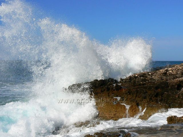 Vlny na Hvaru