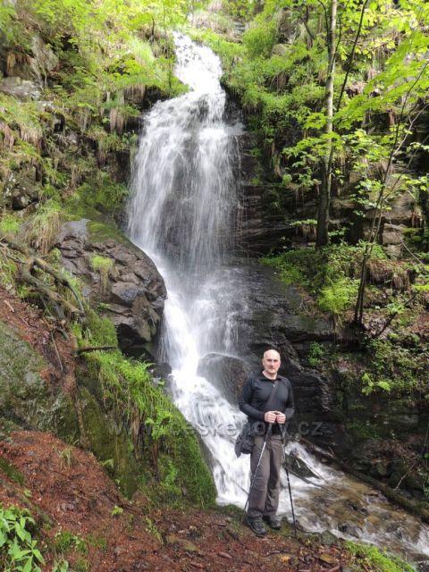 Kýšovický 20m vodopád v Prunéřovském údolí