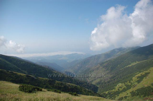 Krásné ráno a výhled z chaty Štefánika 21.7.2010