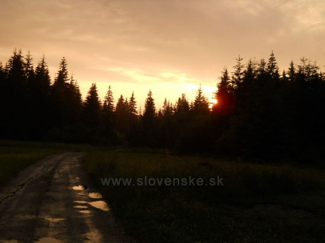 západ slnka v Zuberci