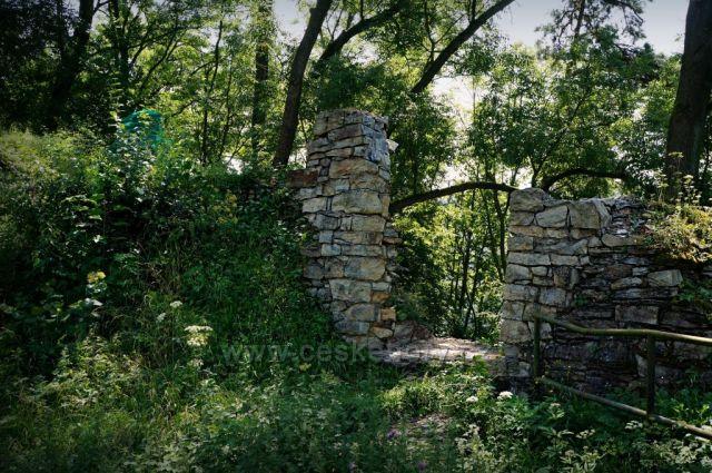 Orlík - zřícenina hradu