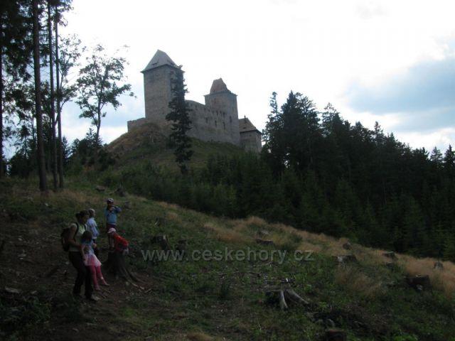 Hrad Kašperk - pozdní odpoledne, Šumava Autor: Marcela Zajíčková        České hory