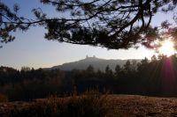 Výhled na Trosky z Boreckých skal