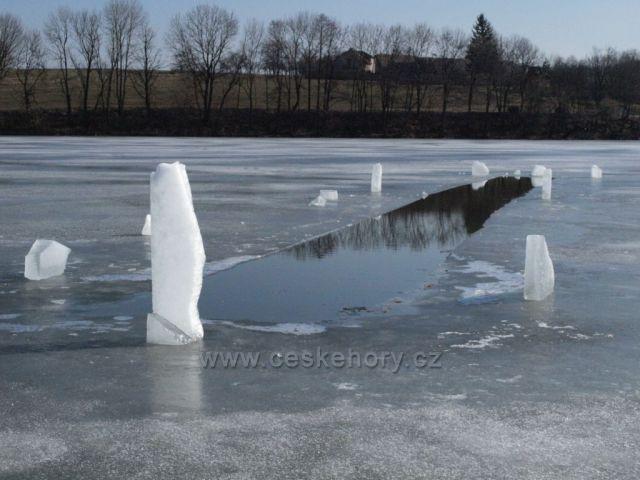 Zimní rybník Petráň