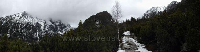 ...chodník na Zámkovského chatu/marec 2014