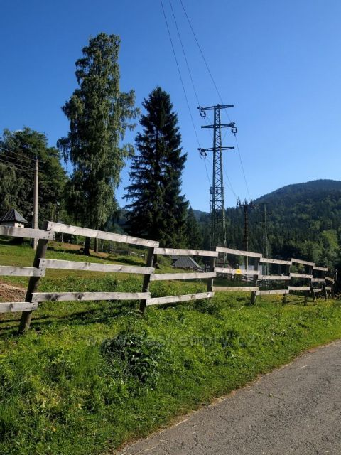 Hrubý Jeseník - Kouty nad Desnou nedaleko chaty Sokolka (žlutá TZ)