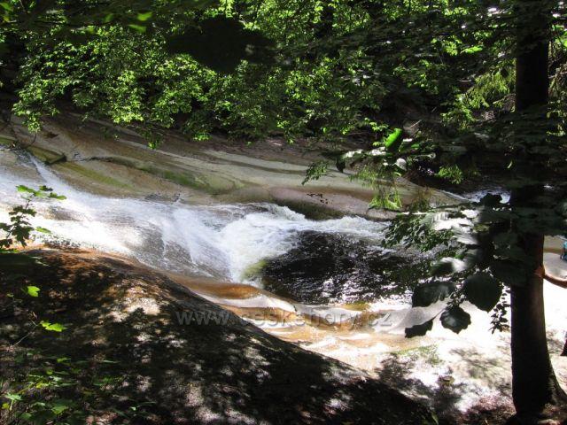 Mumlavský kotel na řece Mumlavě.