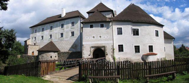 Zámek v Nových Hradech