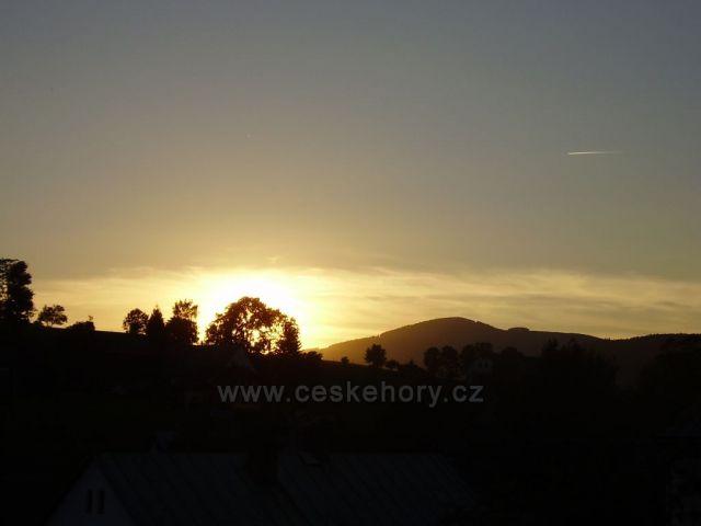 Západ slunce za Žalý