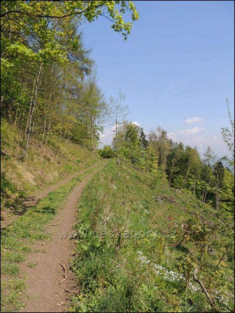 cesta na Černý vrch