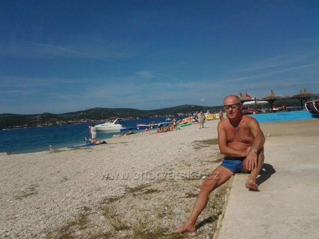 Nádherné pobřeží a pláže v Biogradu na Moru