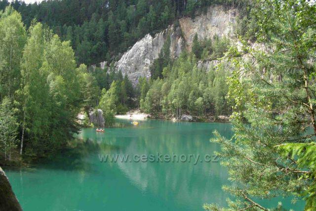 Adršpašské jezero-průzračně modré