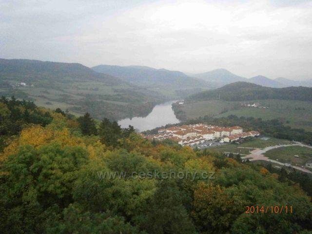 výhled na Ohře z Kadaňské rozhledny