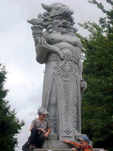 Staroslovanský bůh - nějak se zlobí