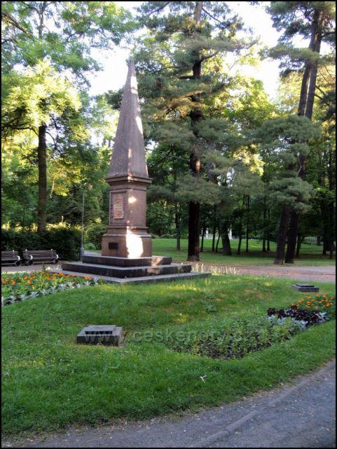 Městský park u divadla Chomutov