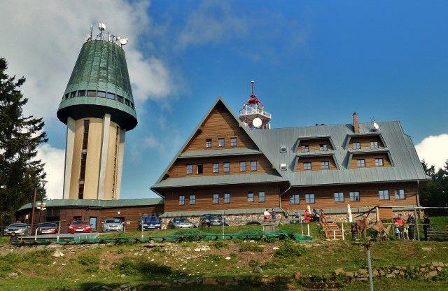 Suchý vrch - rozhledna,Kramářova chata a jelení obůrka