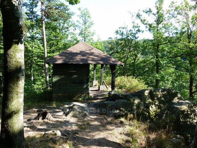 Račí údolí - altán nad horní Čertovo kazatelnou