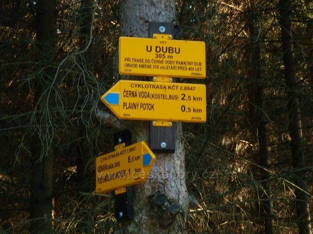 Venušiny misky - cyklistický rozcestník U Dubu poblíž stejnojmenného rabníka