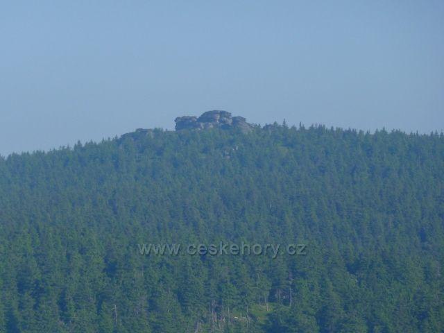 Vozka - 1377 m.n.m. - pohled z cesty na Vřesovou studánku