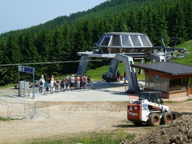 Čerňava - nástupní stanice lanovky na Šerák
