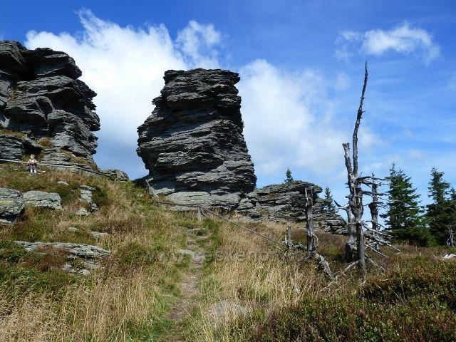 Skalnatý vrchol Vozky