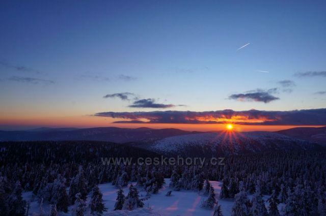 Východ slunce - Vozka