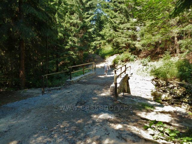 Bývalá Josefová - mostek přes potok Hučava
