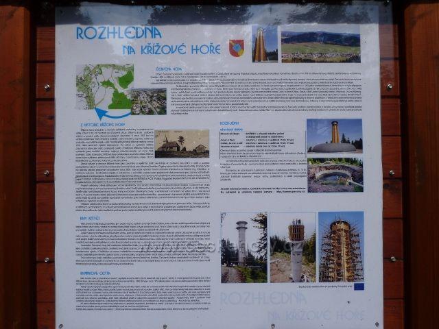 Informační tabule u rozhledny na Křížové hoře