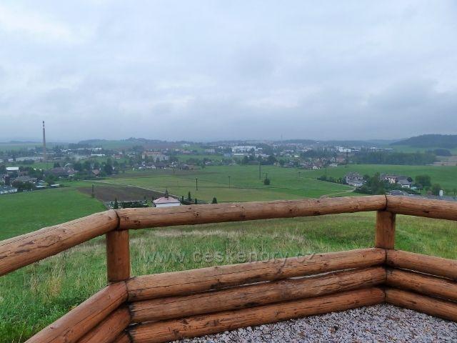 Dlouhoňovice - pohled z výhledny k Žamberku