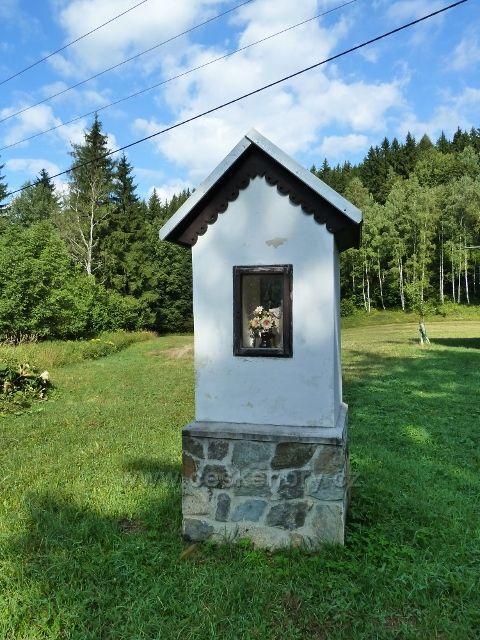 Kaplička u mostku přes Klepáčský potok v lokalitě U Splavu