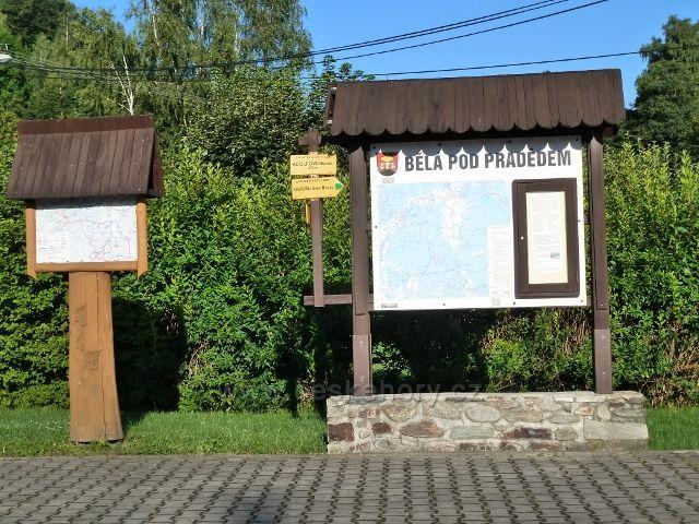 Adolfovice - turistické informace u autobusové zastávky Mlýnky