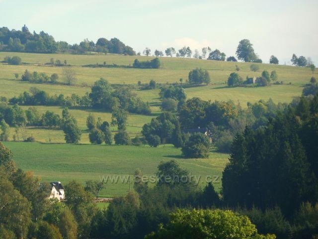 Pastviny - poohled k Vlčkovicím